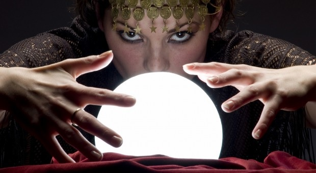 How Psychics Use Crystal Balls